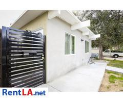 Newly renovated ADU guest house located south of Ventura Blvd in Woodl
