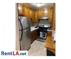 6207 Whitsett Ave #G - Image 3/10