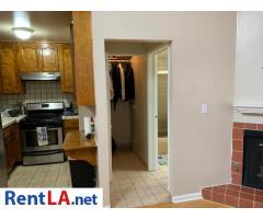 6207 Whitsett Ave #G - Image 4/10