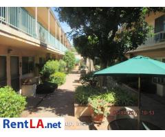 2 bed, $2,095