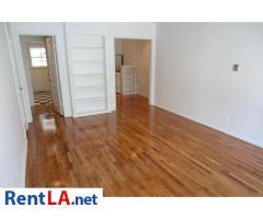 4212 Los Feliz Blvd #3