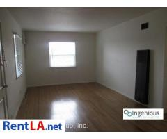 1 bed, $1,695