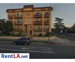 5038 Laurel Canyon Blvd #303