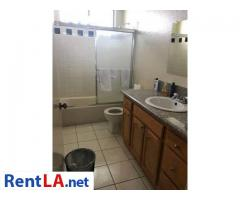 Roommate for 1bedroom apartment - Image 4/9