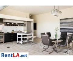 Very modern furnished 2BR/2BA Loft in Venice/MDR - Image 5/19
