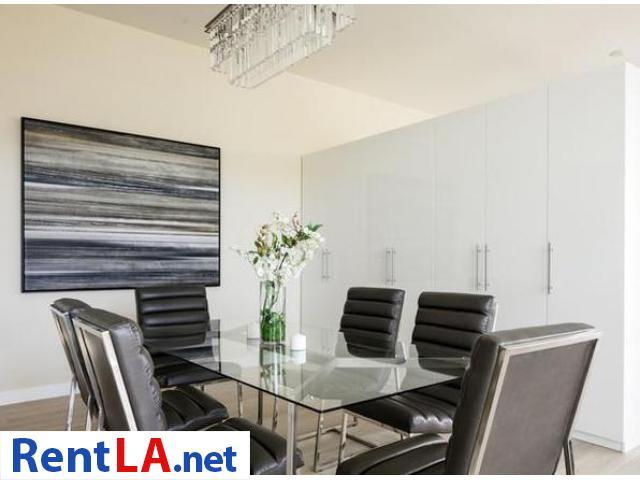 Very modern furnished 2BR/2BA Loft in Venice/MDR - 9/19