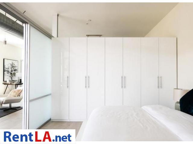 Very modern furnished 2BR/2BA Loft in Venice/MDR - 10/19