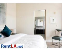 Very modern furnished 2BR/2BA Loft in Venice/MDR - Image 12/19