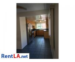 4bed/2.5bath Townhouse for rent - Image 10/20
