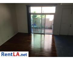 4bed/2.5bath Townhouse for rent - Image 13/20