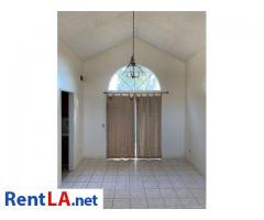 This four bedroom, three bath home - Image 12/12