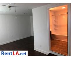Master Bedroom for Rent in Hawthorne