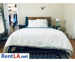 $1650 Looking for 1 roomie in sweet Silver Lake house