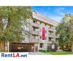 Private room and bathroom to rent in Sherman Oaks