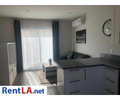 Guest House In Lake Balboa for rent