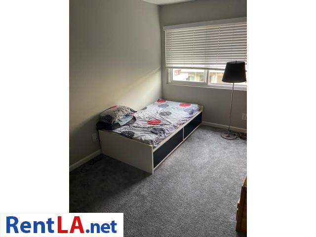 Shared Luxury Master Bedroom - 6/12