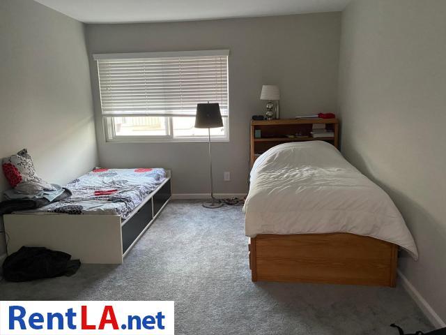 Shared Luxury Master Bedroom - 9/12
