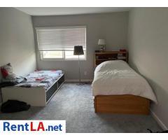Shared Luxury Master Bedroom - Image 9/12
