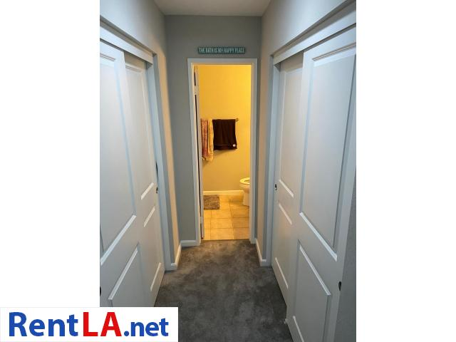 Shared Luxury Master Bedroom - 10/12