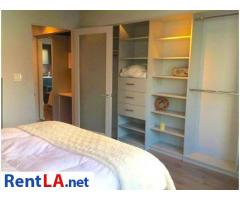 Modern 1 bedroom w/ private bath - walk to Downtown Culver City - Image 2/7