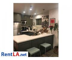 Modern 1 bedroom w/ private bath - walk to Downtown Culver City - Image 3/7