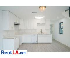 Furnished Share Room Near USC+Utilities Included - Image 3/11