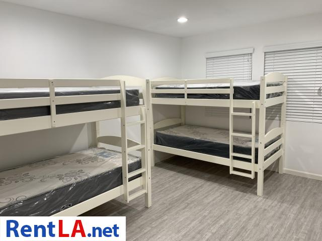 Furnished Share Room Near USC+Utilities Included - 9/11