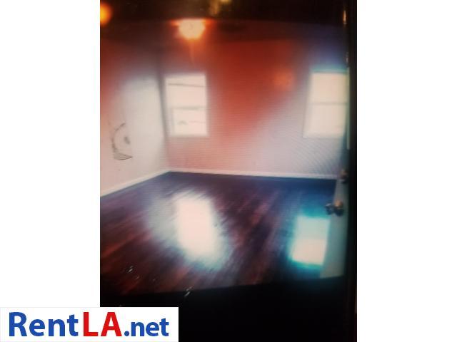 2 bdrm 1 bath/ dinning room  $2350 Lomita - 3/12