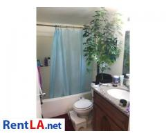 Steal in Silverlake, 2x private parking, private bath & balcony - Image 2/3
