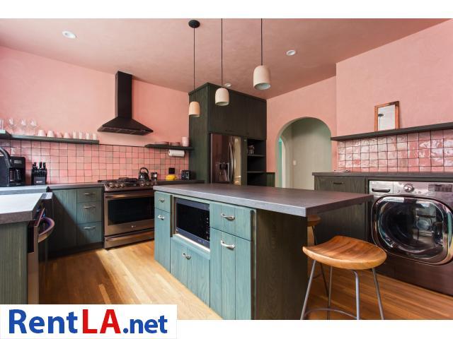4 bedroom fully furnished house in Los Feliz - 1/20