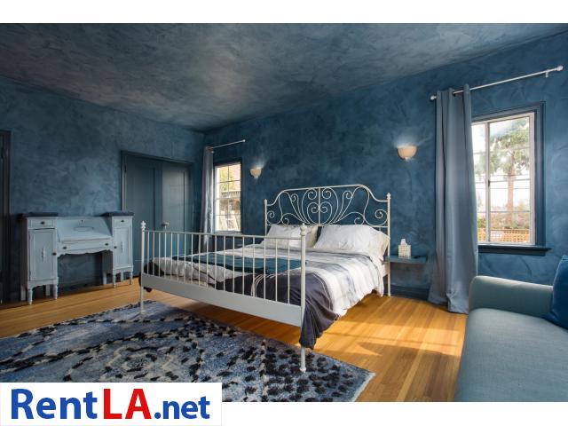 4 bedroom fully furnished house in Los Feliz - 2/20