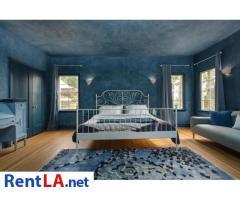 4 bedroom fully furnished house in Los Feliz - Image 4/20