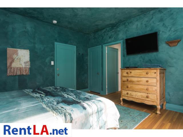 4 bedroom fully furnished house in Los Feliz - 8/20