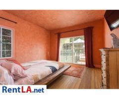 4 bedroom fully furnished house in Los Feliz - Image 9/20