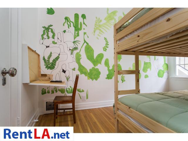 4 bedroom fully furnished house in Los Feliz - 11/20