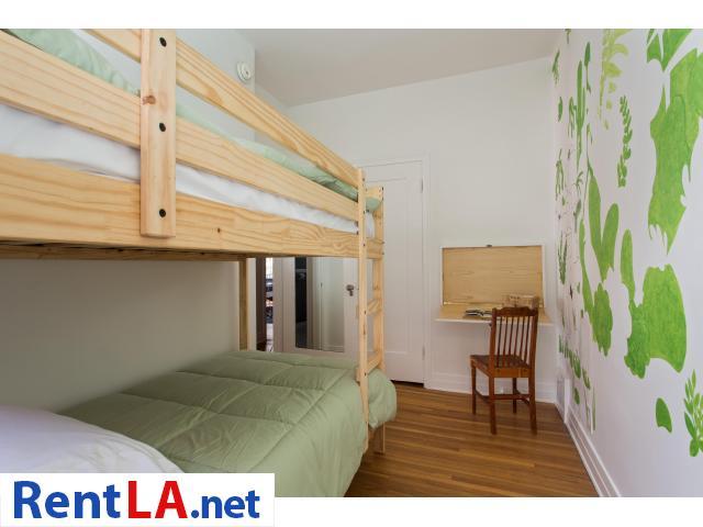 4 bedroom fully furnished house in Los Feliz - 12/20