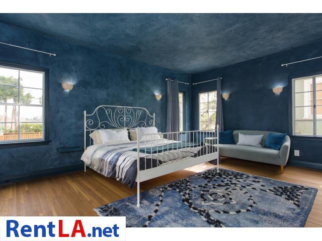 4 bedroom fully furnished house in Los Feliz - 14/20