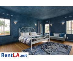 4 bedroom fully furnished house in Los Feliz - Image 14/20