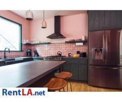 4 bedroom fully furnished house in Los Feliz - Image 15/20