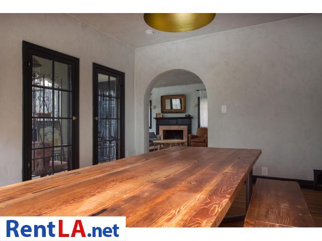 4 bedroom fully furnished house in Los Feliz - 17/20