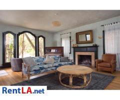 4 bedroom fully furnished house in Los Feliz - Image 18/20