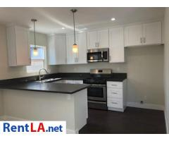 7308 Camellia Ave North Hollywood CA 91605 Cozy Back Hous - Image 1/6