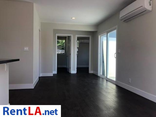 7308 Camellia Ave North Hollywood CA 91605 Cozy Back Hous - 2/6