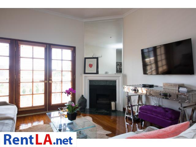 Glam meets rustic-chic in this cozy 1-bdrm fully furnished apartment - 1/10