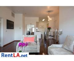 Glam meets rustic-chic in this cozy 1-bdrm fully furnished apartment - Image 4/10
