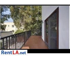 Hollywood Hills 2bd/2ba