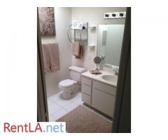 Private Room and Bathroom in Sherman Oaks - Image 1/3