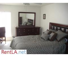 Private Room and Bathroom in Sherman Oaks - Image 3/3