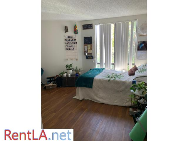 Spot in triple in UCLA Apartment 3 month lease takeover - 2/7