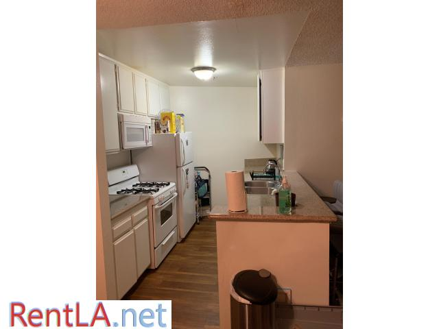 Spot in triple in UCLA Apartment 3 month lease takeover - 4/7